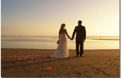 beach-wedding1-377x242